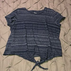 Madewell T-shirt w/ Front Knot
